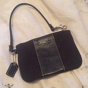 NWOT COACH Black Signature and Leather Wristlet